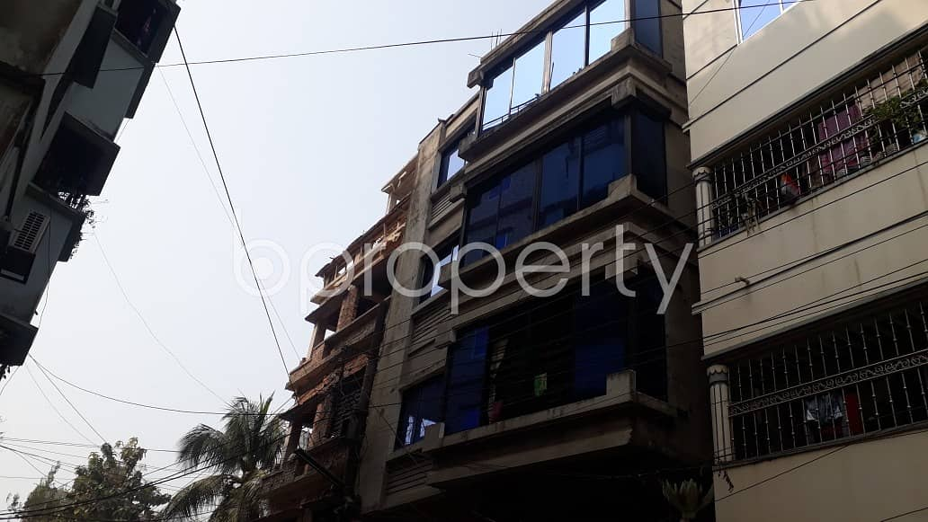 Rent This Living Place In Halishahar Adjacent To Dutch-bangla Bank Limited Fast Track Atm