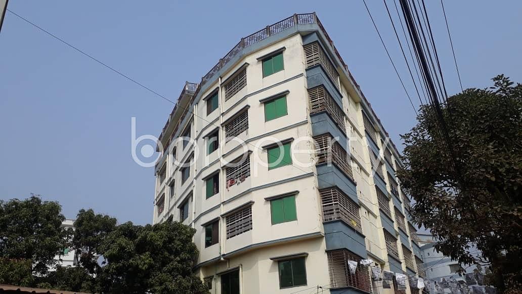 900 SQ FT road sided apartment for rent in Halishahar, Halishahar Housing Estate