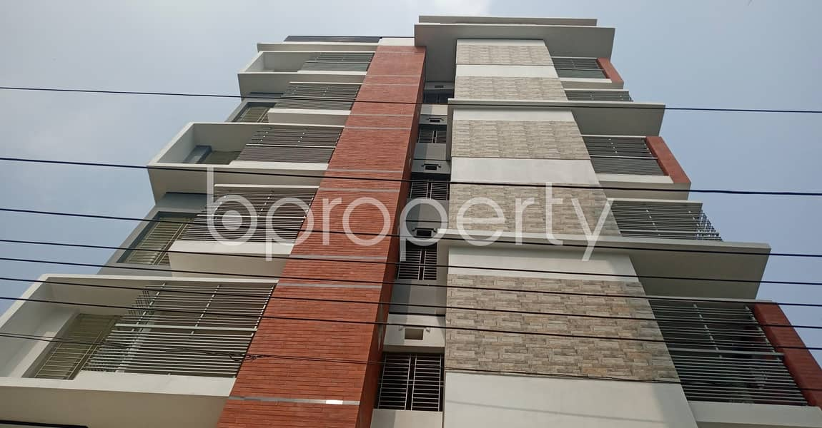 A Well Constructed And Planned Living Place In Kolpolok R/a Is For Rent.