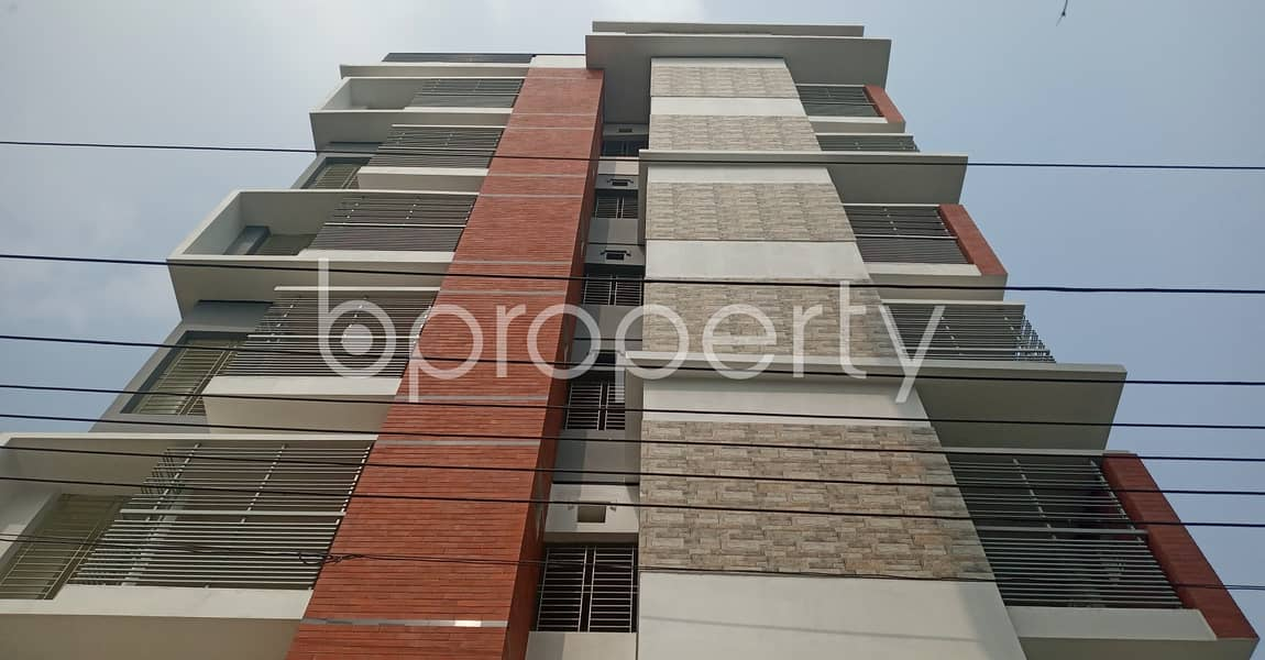 Reside Conveniently In This Well Constructed 950 Sq>Ft Flat For Rent In Kolpolok R/A .