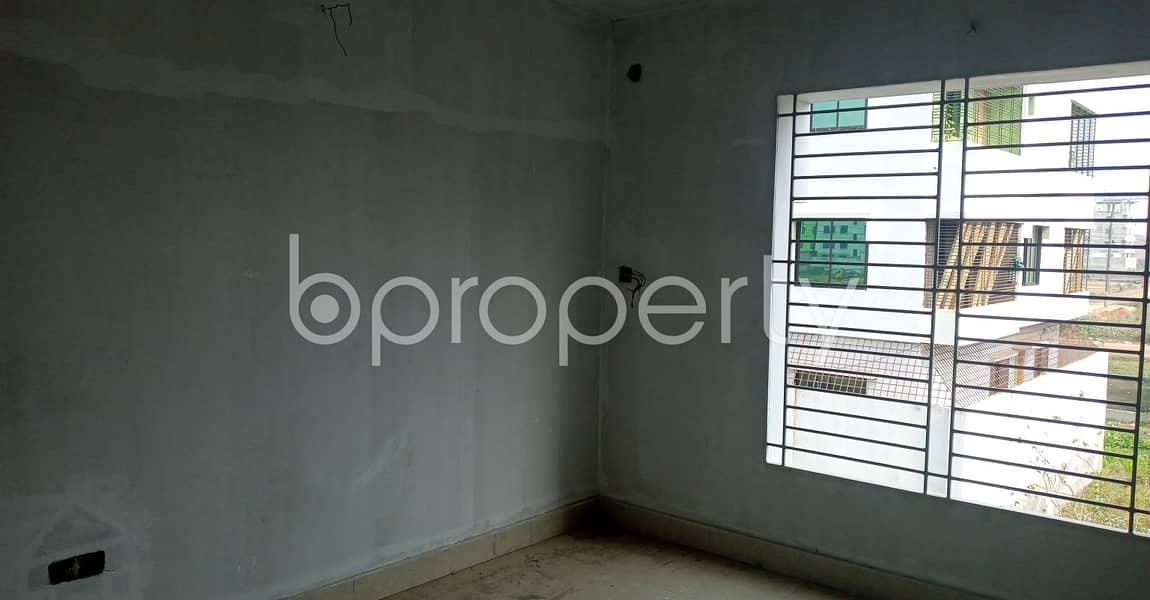 In This Serene Neighborhood Of Kolpolok R/A , A 2 Bedroom Medium Size Flat Is Up For Rent.