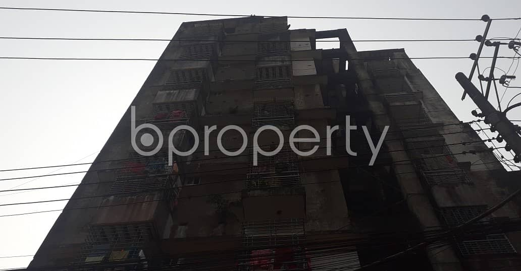 See This Comfortable 2 Bedroom Flat Is Available For Rent Close To Kazir Dewri Sarkari Prathamik Balika Bidyalay.
