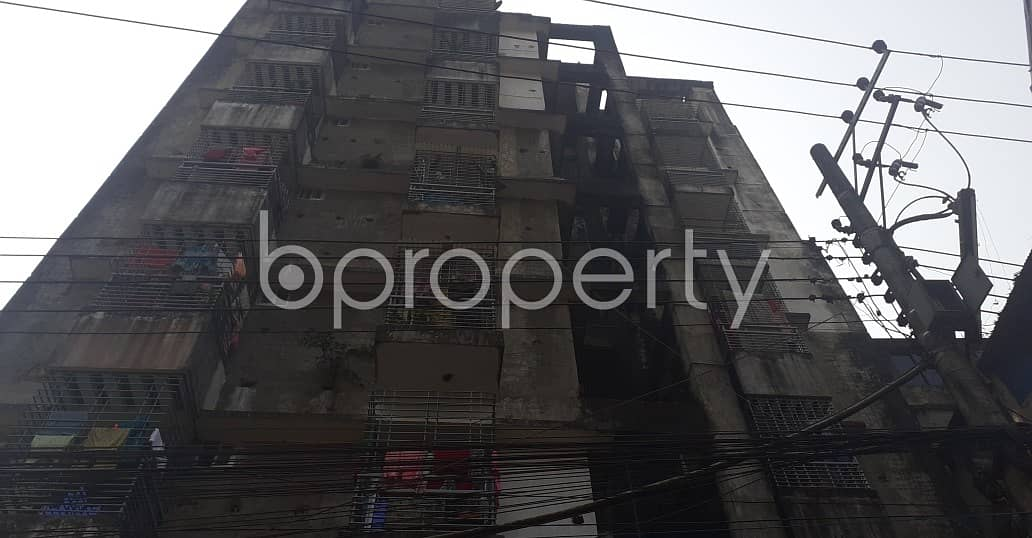Reside In This 900 Sq Ft Well Fitted Flat Which Is Located At Kazir Dewri