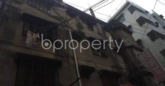 Office for Rent in Kachukhet, Dhaka - 1400 Square Ft. Commercial Office Space Is For Rent Very Next To Muslim Modern College At Kachukhet .