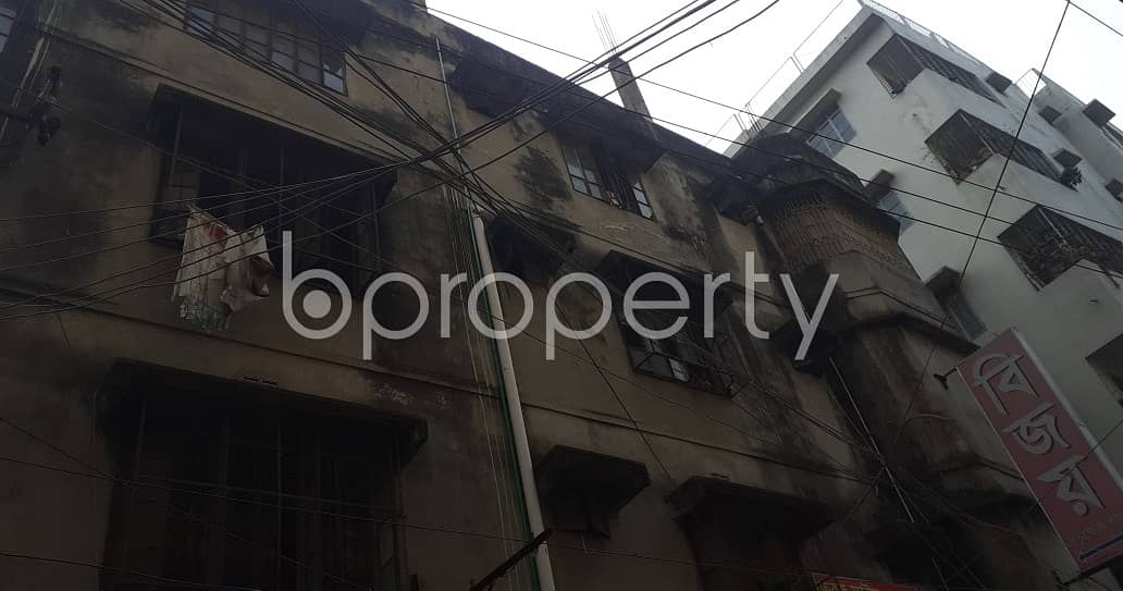 1400 Square Ft. Commercial Office Space Is For Rent Very Next To Muslim Modern College At Kachukhet .