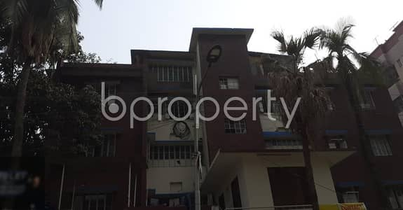 Office for Rent in Dhanmondi, Dhaka - Grab This Commercial Space Of 2100 Sq Ft Up For Rent At Dhanmondi