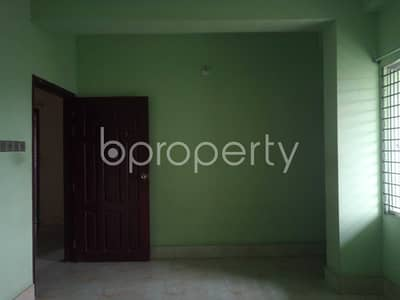 3 Bedroom Flat for Rent in 16 No. Chawk Bazaar Ward, Chattogram - Nicely Planned 1200 Sq Ft Apartment Is Up For Rent In Chawk Bazar