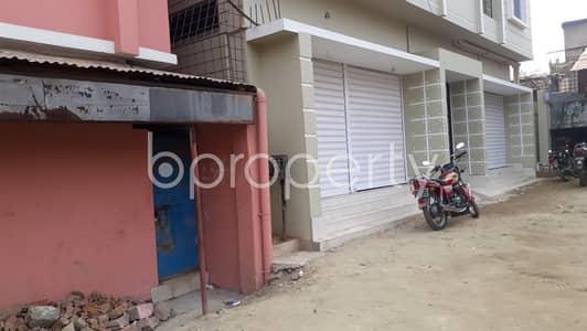 ভাড়ার জন্য এর দোকান - হালিশহর, চিটাগাং - Adjacent To I Block Graveyard, This Commercial Shop Is Up For Rent In Halishahar Housing Estate.