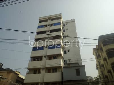 3 Bedroom Apartment for Rent in 16 No. Chawk Bazaar Ward, Chattogram - Adjacent To Epic Health Care, Residential Place Is For Rent In Chawk Bazaar.
