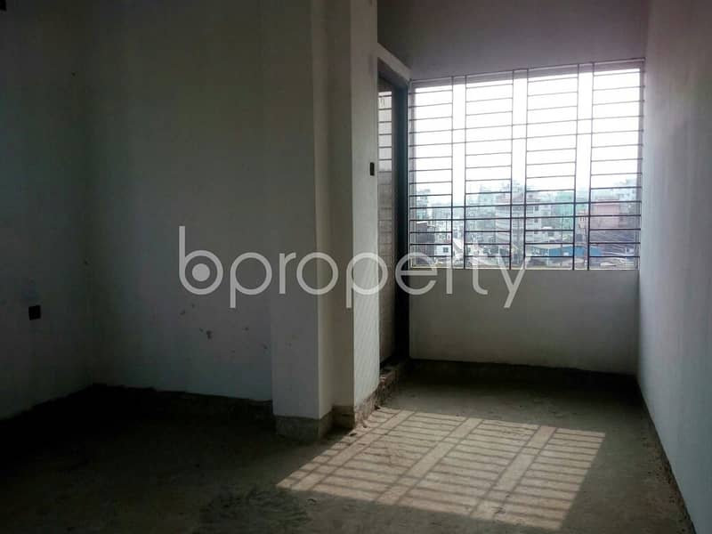 Take The Deal Of Renting This 800 Square Feet Commercial Office At Bayzid