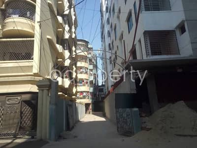 3 Bedroom Apartment for Rent in 16 No. Chawk Bazaar Ward, Chattogram - Express Your Individuality At This 1650 Sq. ft Apartment Which Is Vacant For Rent In The Location Of Joy Nagar.