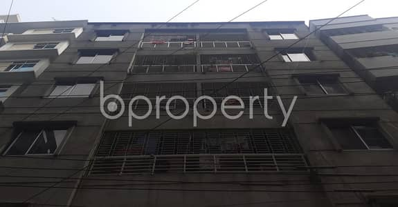 2 Bedroom Apartment for Rent in Dhanmondi, Dhaka - A 850 Sq Ft Flat Is Up For Rent In A Well Secured Location Of North Road, Dhanmondi