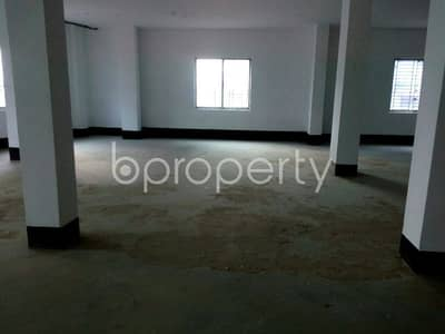 Floor for Rent in Gazipur Sadar Upazila, Gazipur - We Offer You This Spacious Business Space Of 5000 Sq Ft Which Is Up For Rent, In Tongi.