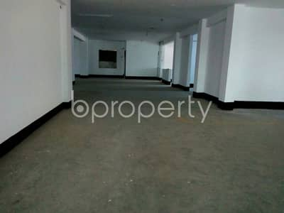 Floor for Rent in Gazipur Sadar Upazila, Gazipur - A Well-fitted Commercial Space Is Here Sited At Tongi Featuring 7300 Sq Ft Space For Rent