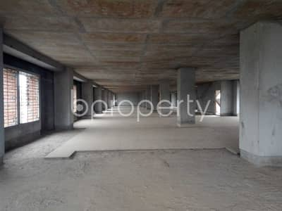 Floor for Rent in Mirpur, Dhaka - Mirpur -10 Is Offering A 11000 Sq Ft Commercial Space For Rent To Pick It For Your Next Office