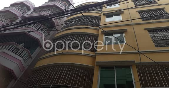 3 Bedroom Flat for Rent in 9 No. North Pahartali Ward, Chattogram - This 1200 sq. ft residence will ensure your good quality of living in 9 No. North Pahartali Ward