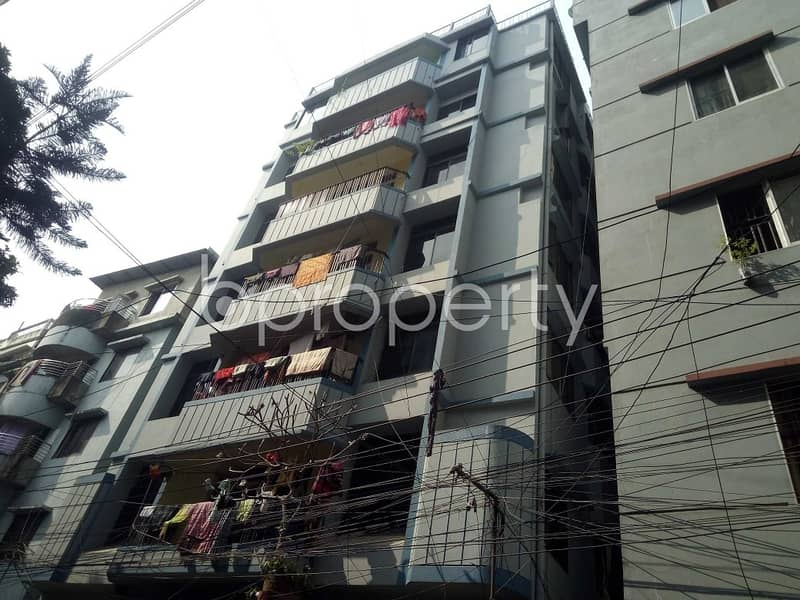 An Apartment Of 900 Sq. Ft For Rent Is All Set For You To Settle In Sugandha Residential Area.