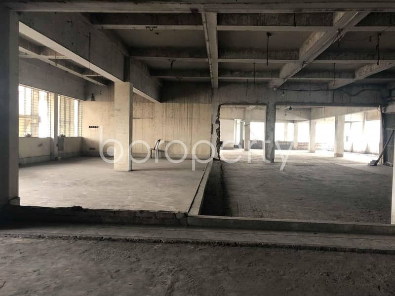 This Vacant Office Space Of 11000 Sq Ft Situated In Lalkhan Bazaar, Is Up For Rent