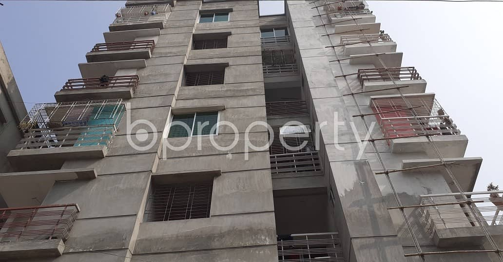 Attention Home Finders! A 887 Sq. ft Flat Is Up For Sale At Kazibari Close To Baitul Aman Mosjid.