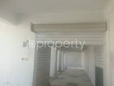 Shop for Rent in 4 No Chandgaon Ward, Chattogram - Shop For Rent Adjacent To Central City Model School In Chandgaon.