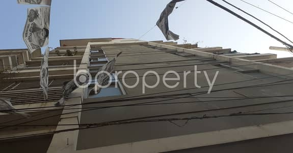 3 Bedroom Flat for Rent in 30 No. East Madarbari Ward, Chattogram - Sophisticated 1210 Sq Ft Residential Space For Rent In East Madarbari.