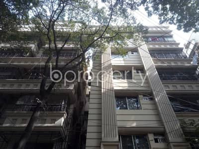 3 Bedroom Flat for Rent in Banani, Dhaka - This Comfy Flat Is Vacant Right Now For Rent Located In Banani, Which Is 1200 Sq Ft