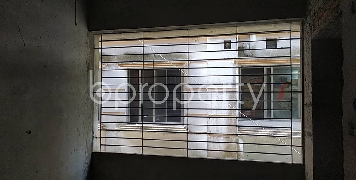 1429 Sq Ft Ready Flat Is Up For Sale At Bayazid