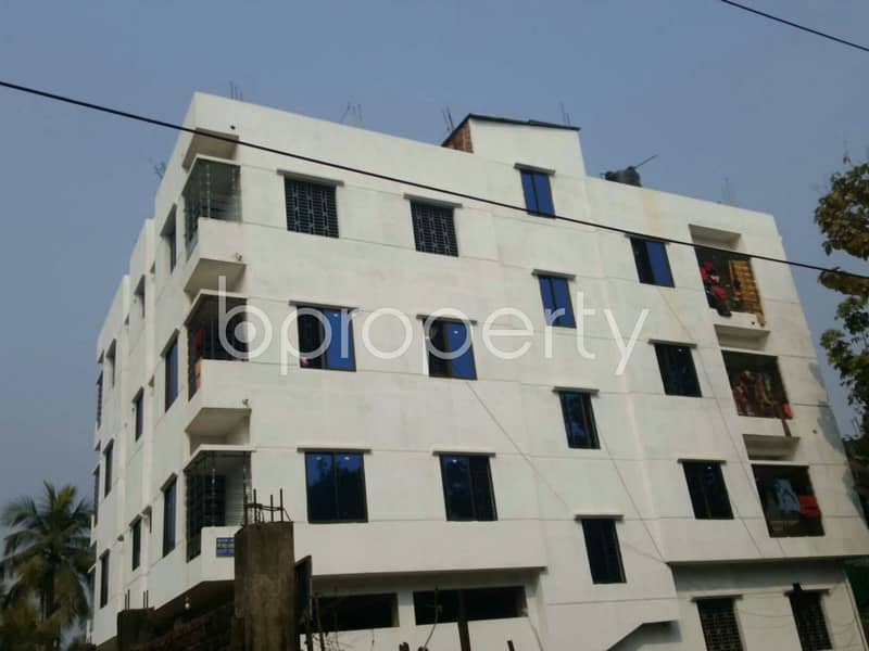 A Moderate Apartment For Rent Is Available In 1 No. South Pahartali Ward .