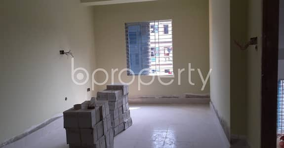 3 Bedroom Apartment for Rent in Kazir Dewri, Chattogram - An Affordable 3 Bedroom Apartment Is Up For Rent In Battery Lane, Very Next To Madrasah Al-Jameatul Islamia Masjid.