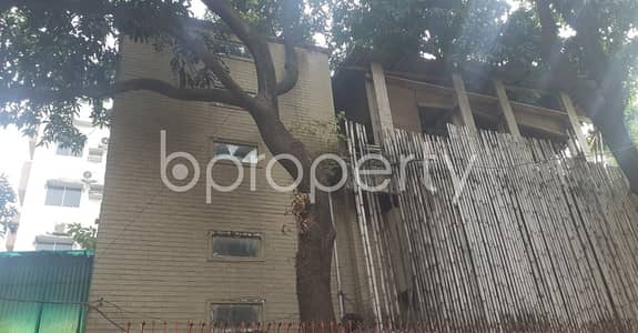 Warehouse for Rent in Gulshan, Dhaka - A 400 Sq. Ft Commercial Warehouse Space Is Up For Rent In The Location Of Gulshan 1 Near Bank Asia Limited.