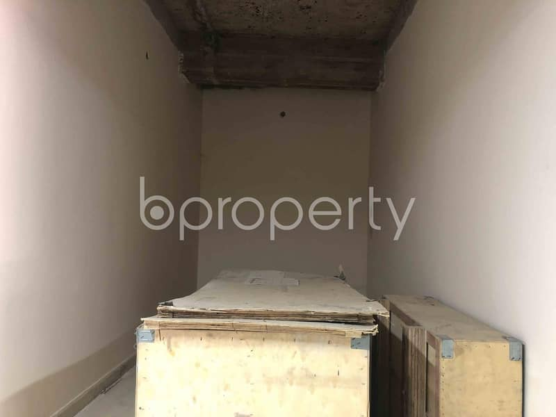 Grab This Commercial Shop Of 125 Sq Ft Ready To Rent At Chawk Bazar