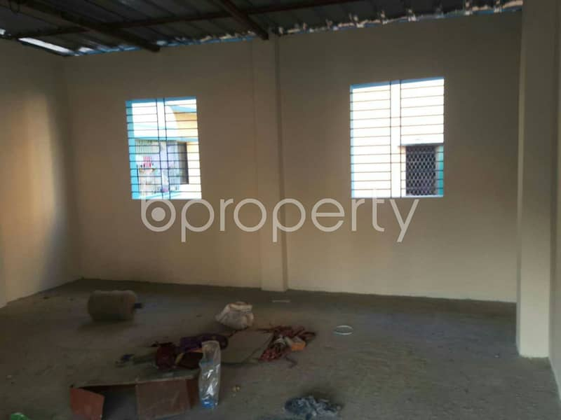 Moderate 400 Sq Ft Shop For Rent In Bayazid Adjacent To Wajedia High School.