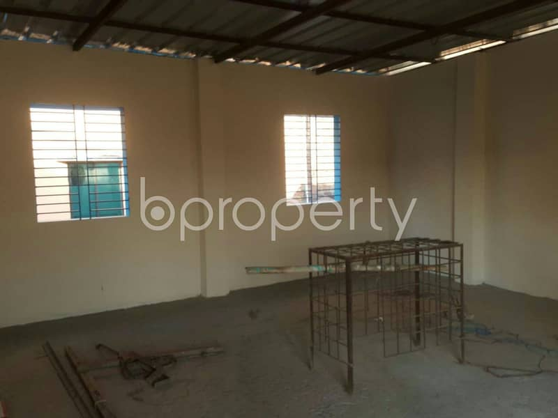 Moderate 400 Sq Ft Shop For Rent In Bayazid Adjacent To Panchlaish High School.