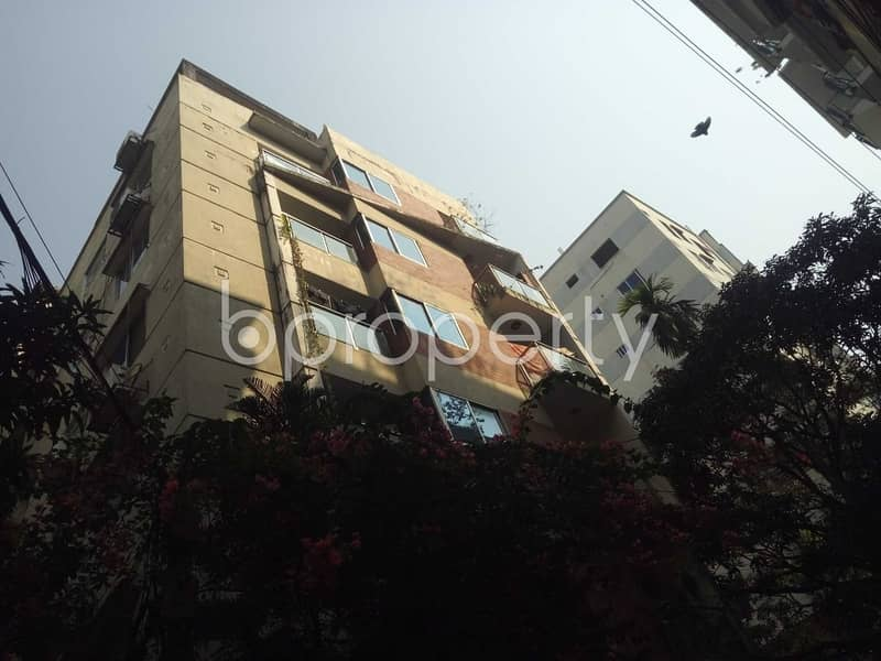 At Nasirabad 1750 Sq. Ft Spacious Ready Apartment Is For Sale