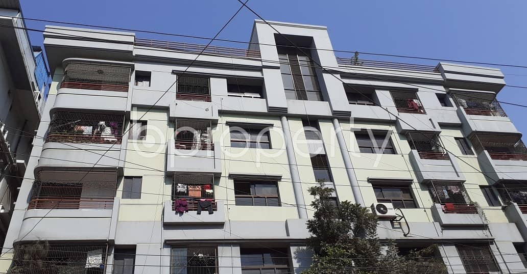 This Artistically Designed 3 Bedroom Living Space Is Up For Rent In Dhanmondi.