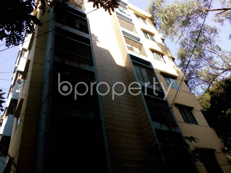 In The Location Of Bayazid An Apartment Is For Sale Near East Farider Para Jame Mashjid