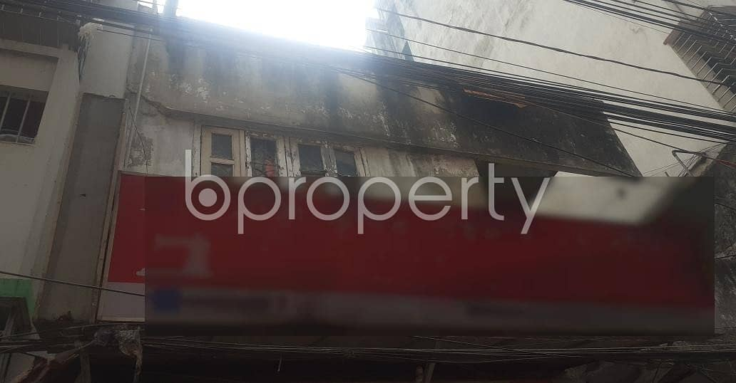 Check Out This Commercial Shop Of 180 Sq Ft Ready For Rent