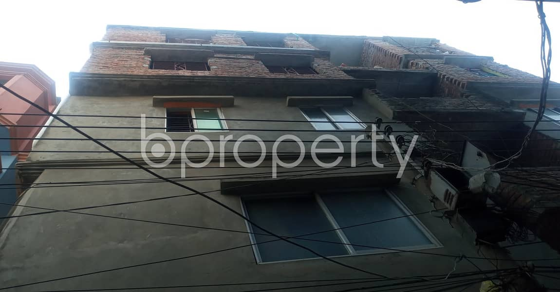 A well sized 780 SQ FT residential home is available for rent at 40 No. North Patenga Ward