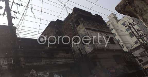 Office for Rent in Kotwali, Chattogram - See This Office Space Of 600 Sq. Ft Is For Rent Located In Patharghata Next To St Placid's School & College.