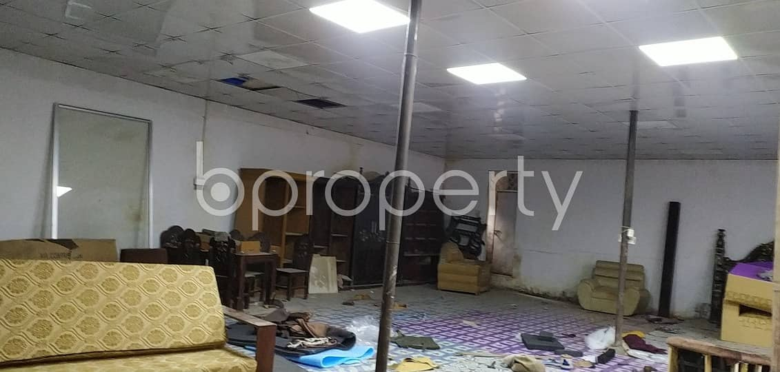 This Warehouse Space Of 2000 Sq. Ft Is For Rent Located In Purbanchal Road, Uttar Badda.