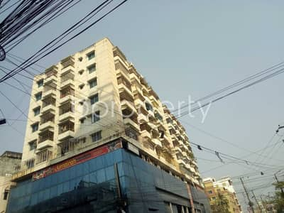 3 Bedroom Apartment for Rent in 16 No. Chawk Bazaar Ward, Chattogram - An Affordable 1350 Sq. Ft Apartment Is Up For Rent In Chawk Bazar .