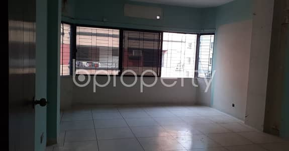 Office for Rent in Baridhara DOHS, Dhaka - This Lucrative 2560 Sq. Ft Office Space Up For Rent In Baridhara DOHS.