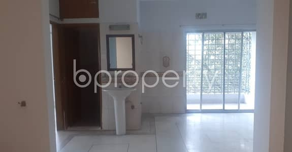 This 1000 Sq Ft Well Defined Flat Is Now Vacant To Rent In South Khulshi