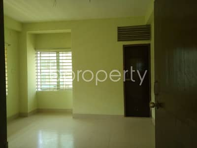 3 Bedroom Flat for Rent in 16 No. Chawk Bazaar Ward, Chattogram - Consider moving into this apartment of 1350 SQ FT in 16 No. Chawk Bazaar Ward for rent