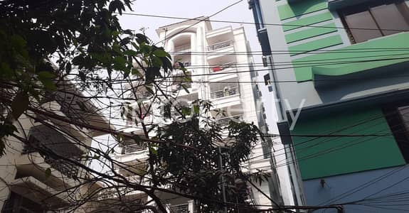 3 Bedroom Flat for Rent in 22 No. Enayet Bazaar Ward, Chattogram - Strongly constructed 1050 SQ FT home is available to Rent in 22 No. Enayet Bazaar Ward