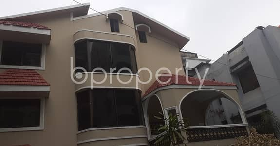 A 2000 Sq. ft Luxurious Apartment Ready For Rent In The Location Of South Khulshi.