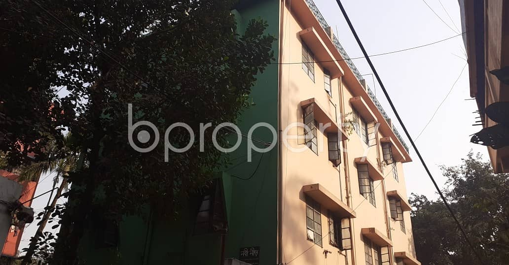 See This 2 Bedroom Flat Is For Rent In Kazir Dewri. And This Is Just What You Are Looking For In A Home!