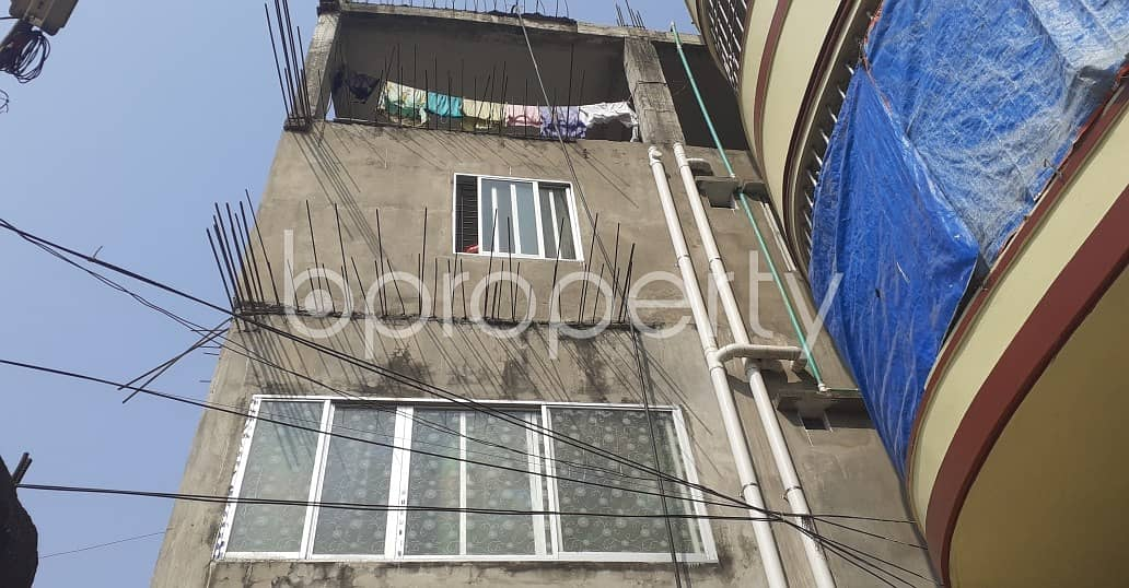 We Have A 500 Sq. Ft Moderate Flat For Rent In South Khulshi Nearby Ahle Hadis Jame Masjid.