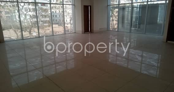 Floor for Rent in Mohammadpur, Dhaka - An Excellent Office Is Vacant Right Now For Rental Purpose At Bosila, Which Is 3325 Sq Ft