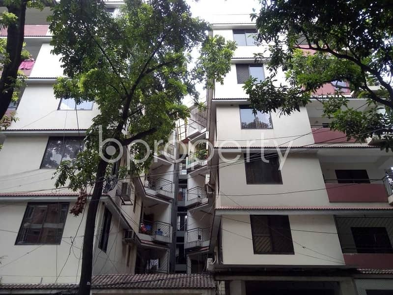 Visit this apartment for rent covering an area of 1990 SQ FT in Banani near Banani Bidyaniketan School & College